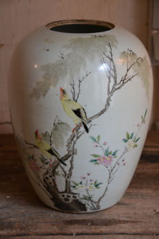Large ginger jar - China - late 19th/early 20th century