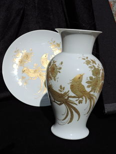 Kaiser model Melody - designer K Nossel - 2 part porcelain vase and wall plate