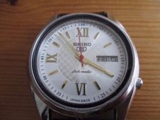 Seiko 5 17 jewels - Men's watch - 1980