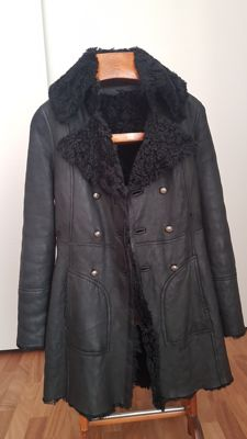Patrizia Pepe – leather jacket, nubuck type with lambswool, double face