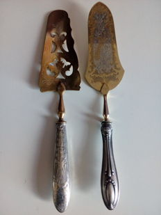 Pair of cake knives