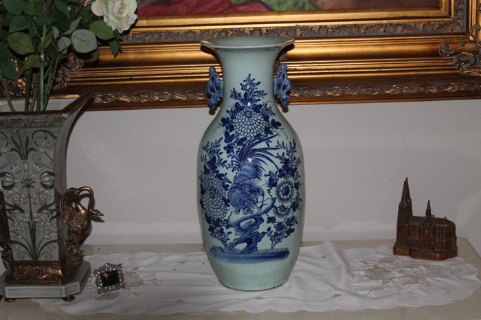 "Large baluster vase with the Chinese constellations ""the vermilion bird"" - China - 19th/ beginning 20th century."