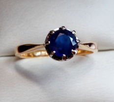 Gold/platinum ring with blue sapphire - France - 1st half of the 20th century - no reserve price