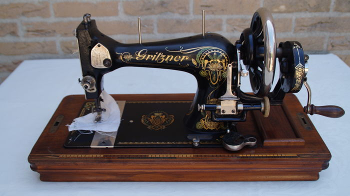 Gritzner Cast Iron Sewing Machine With Various Feet Reels And Cover Mesmerizing Gritzner Sewing Machine Price