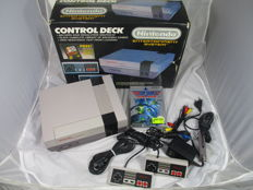 Nintendo Entertainment System NES with top gun game