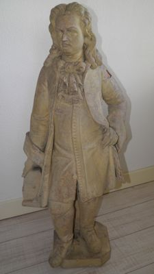 Large terracotta statue of an elegant gentleman - late 19th century