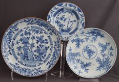 Deep plates with different decoration - China - 18th century.