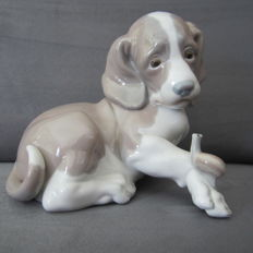 Lladro dog with snail