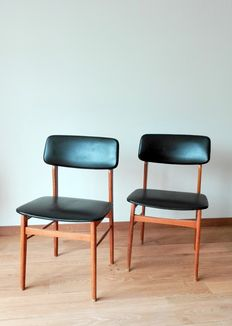 A pair of vintage chairs, 1960s, United Kingdom