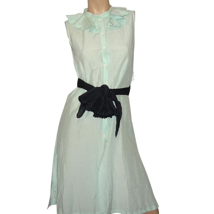 Viktor and Rolf - very peculiar couture dress with a wide black bow, used for sale