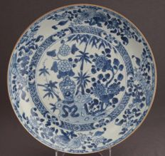 Large deep platter with scenery of vase in blossom landscape - China - 18th century