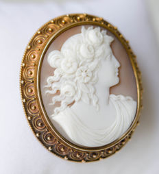 Gold cameo brooch with ivory carvings - 58 mark, manufacturer's sign
