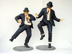 Blues Brothers sculptures