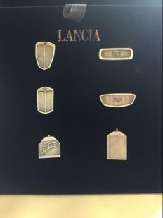 Lancia - collection of grid-shaped silver pins - Silver 925.1 g