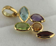 14 kt yellow gold pendant, inlaid with citrine, topaz, amethyst, peridot and garnet, size 25 x 30 mm