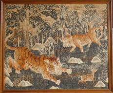 Hunting scene with tigers and deer, embroidery - Japan - second half 19th century (Meiji period)