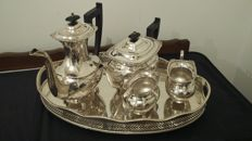 viners of sheffield,1925,silver plated 4 pcs teaset+tray,made in sheffield,england.