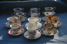 12 Royal Albert cups and saucers