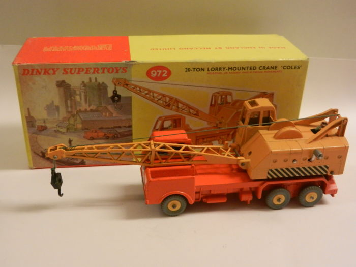 Toys That Are 48 20 : Dinky toys scale  ton lorry mounted crane
