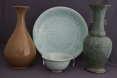 Collection of celadon - China - 2nd half 20th century.