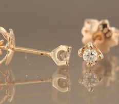 14 kt rose gold stud earrings set with brilliant cut diamonds of approx. 0.16 ct in total