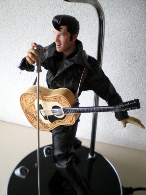 Animation Elvis Presley lamp - Catawiki