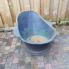 Old and rare zinc bath with ears