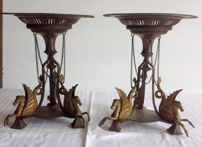 Nice pair of silvery metal centrepieces, decorated with sea horses - Italy, early 20th century