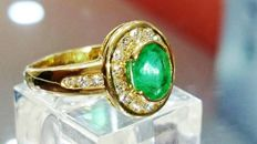Gold ring with Emerald and Diamonds, around 3.5 ct - Size 56