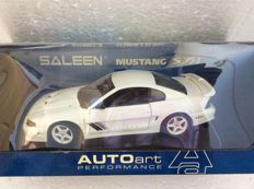 AUTOart - Scale 1/18 - Saleen Mustang S351 Coupe - White
