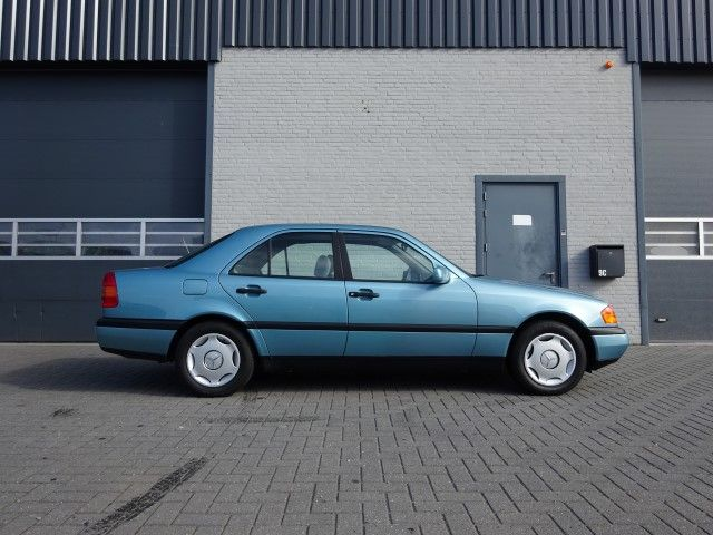 Mercedes benz c220 1994 catawiki for 1994 mercedes benz c220