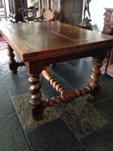 Solid oak Flemish twisted table for 10 persons - Belgium - ca. 1870