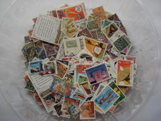 International - Box with over 17000 mainly European stamps.
