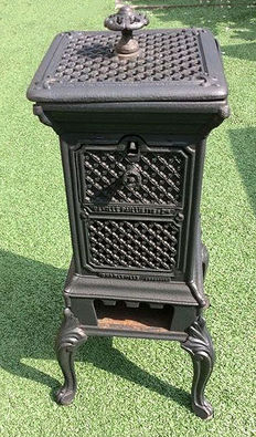 The Ville Paillette, Charville woodburning stove