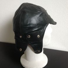 LEATHER  Driving  Helmet.  Size 58 cm.  Color Gray. New from  Old stock.     Never used