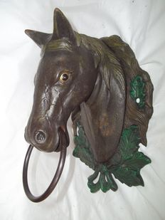 Large cast iron horse head - very good condition - Weight 3.6 kg - Netherlands - 20th century