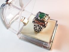 925 Silver Rings with About 3Ct Emerald - size 66