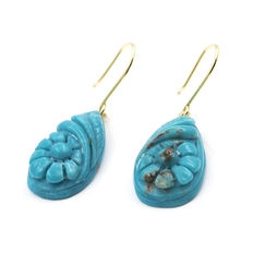 18 kt (750/000) yellow gold - Earrings - Turquoises - Height: 32.40 mm (approx.).