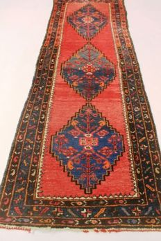 Hand-knotted, approx. 1970, Iran, 283x93