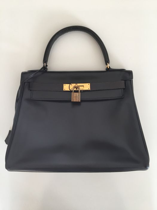 Hermès – Kelly 28.