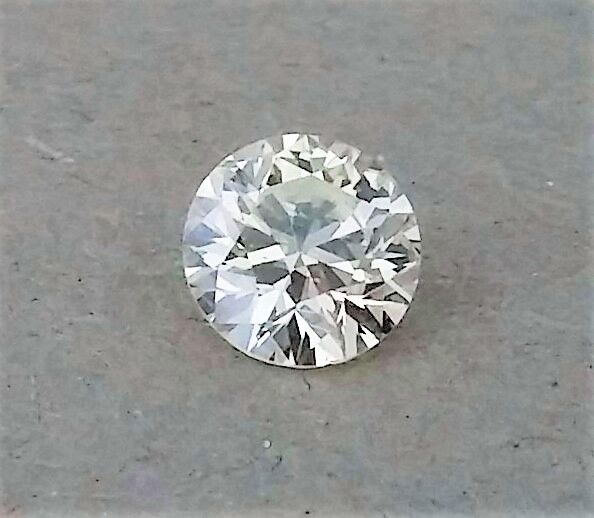Round Brilliant Cut Diamond -  1.01 Carat - K color - VVS2 clarity - IGL certified - 3 X EX - Original Image