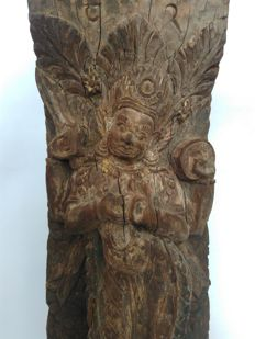 Roofstrut Wood with Kala Bhairab - Nepal - 18th century