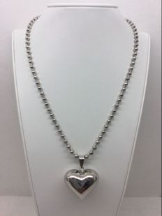 Silver necklace with rounded heart – length 44.5