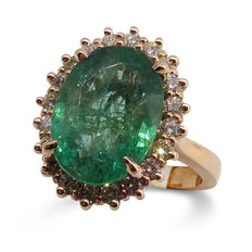 Emerald Ring, 5.17ct Centre Stone