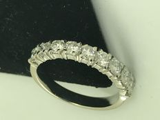 18k gold half eternity diamond ring - size 48