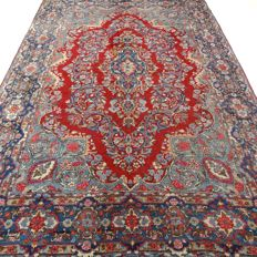 "Kerman – 291 x 200 cm – ""Vintage eye-catcher – Royal Persian carpet in beautiful condition""."