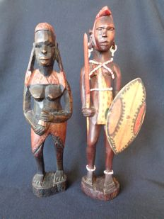 Masai couple hand-made of carved wood in Kenya
