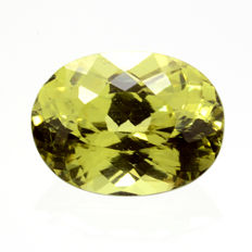 Green-yellow Mali garnet – 1.28 ct