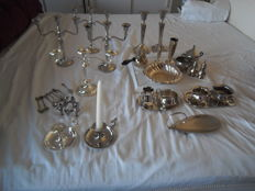 Lot with 32 items candlesticks and vases - cream sets etc, silver plated and tin silver plated