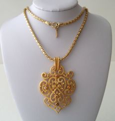 Vintage Crown Trifari Pendant With D'Orlan Chain